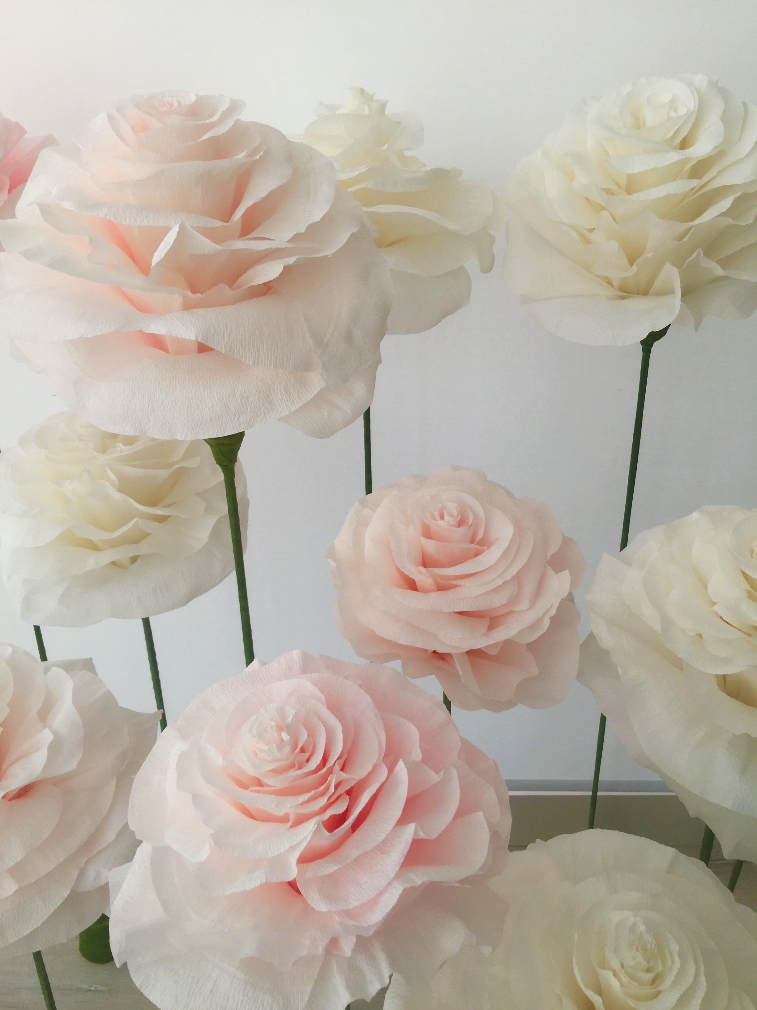 Paper Flowers The Latest Trend In Wedding Decoration Katya Yevich